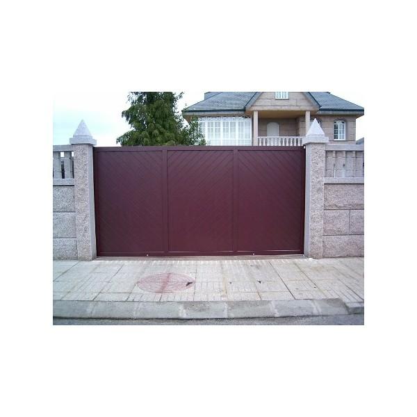 Puerta corredera en aluminio frontal
