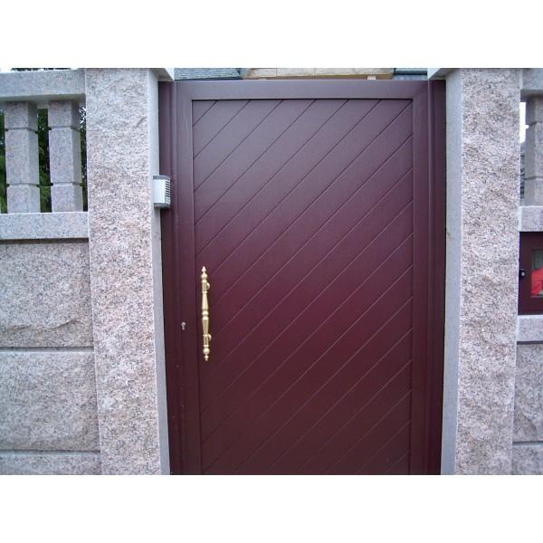 Puerta corredera en aluminio automatismos julio - Puerta aluminio corredera ...