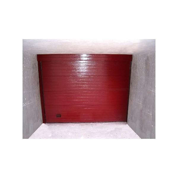 Puerta seccional residencial RAL3005