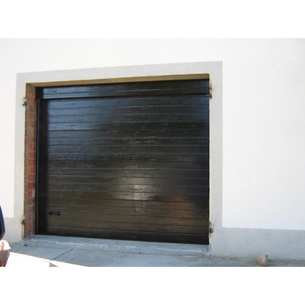 Puerta seccional residencial RAL9005