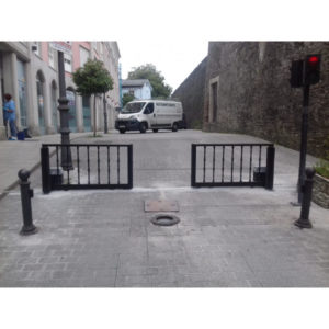 Puerta corredera en balaustre